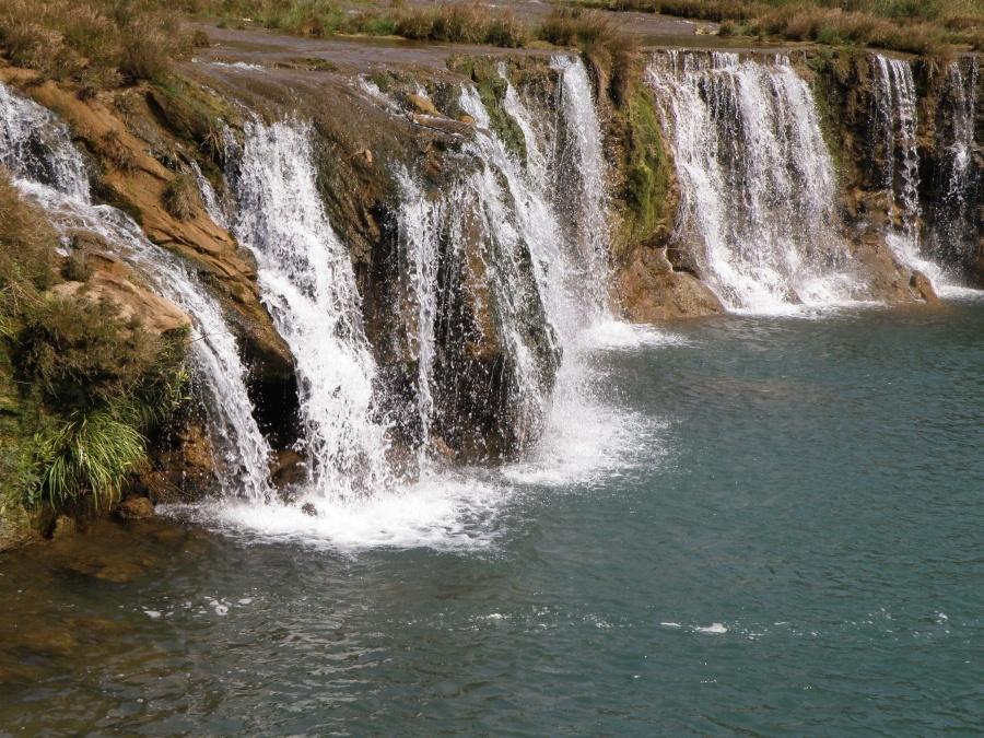 九龙瀑布群风景区-水流不大图片